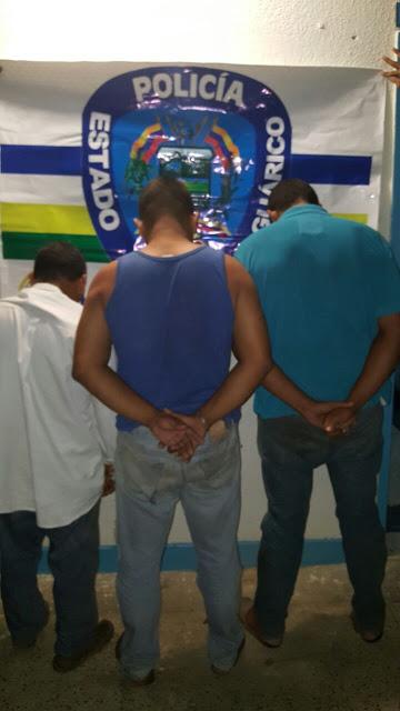 Poliguárico capturó a trío vendiendo droga cerca de escuela.