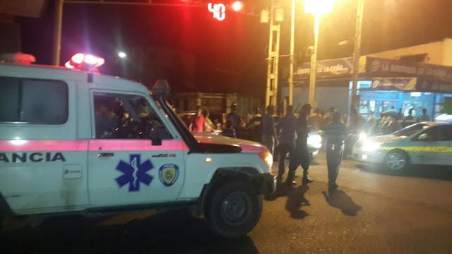 Carro chocó a moto con tres pasajeros en La Pascua