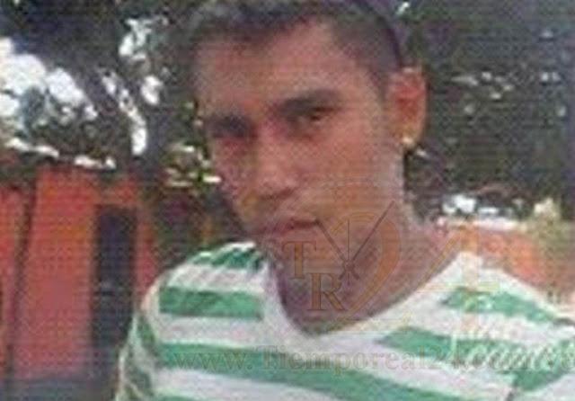 Sentado frente a su casa lo asesinaron con tres balazos