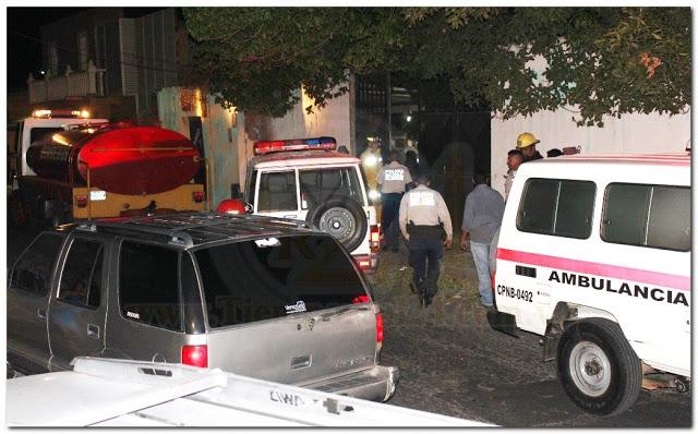 Mujer enardecida trató de quemar a su madre e hijas incendiando la casa