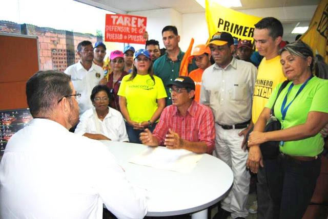 Dirigentes de la Oposición Democratica entregaron documento al defensor del pueblo en Valle de la Pascua.