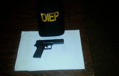 Diep los puso tras las rejas por andar armados.