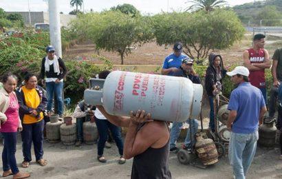 Continúan las protestas por gas en Lara