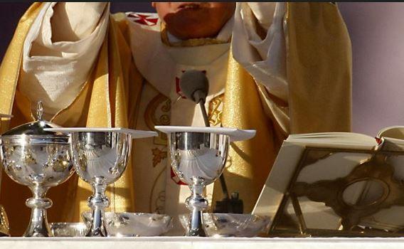 Iglesias de Venezuela se quedan sin hostias por falta de harina y gas