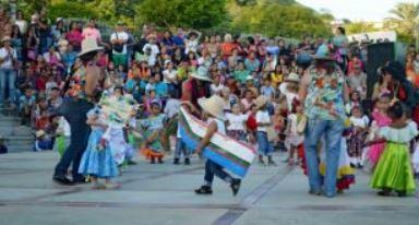 Carnavales: eterna celebración con disfraces, diversión y unión a pesar de las adversidades