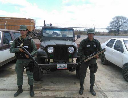 Destacamento 341 retuvo vehículo por irregularidades en seriales