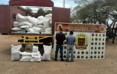 Destacamento 342 arrestó a individuos por contrabando de productos