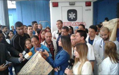 Trabajadores del Periférico de Catia protestan por falta de insumos