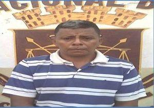 Detenido sujeto por solicitud en punto de control policial