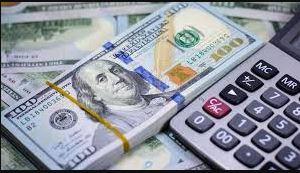 Dólar paralelo superó los Bs 360.00 este lunes
